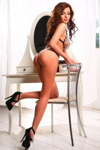 Lola cheap independent escort london